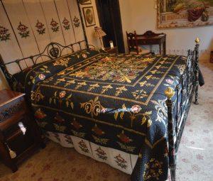 Thorngrove Manor Quilt